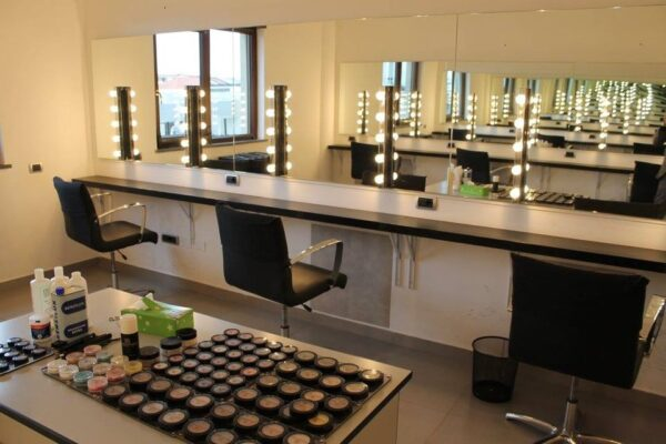 istituto luigi sturzo aula make up sede jambo-12